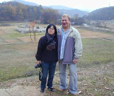 Дмитрий Новиков и корейская писательница Юнг Сонг Хи