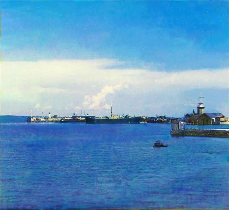 С.М. Прокудин-Горский. Петрозаводск. Вид на гавань и общественную пристань на Онежском озере. 1916 год