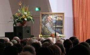 К портрету В. Каликина артисты и зрители клали цветы