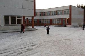 Школа в Кончезере