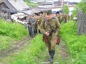 Владимир Васильев ведет свой отряд