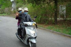 В Корее не воруют, там нет сигнализации у машин и цепей у велосипедов. В магазинах всегда выставляются обе пары обуви, и, оставив вещь, вы найдете ее неизменно на том же месте