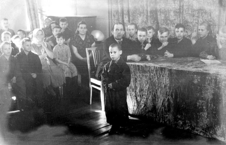 "Так проходила ""середина"" в школе-интернате № 1. 1957 год"