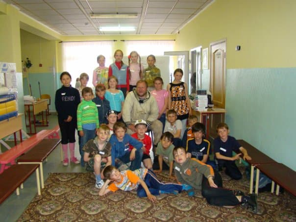 Встреча писателя Дмитрия Новикова со школьниками. Фото Ирины Ларионовой