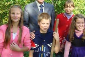 Алексей Захарович Андрейко с учениками. Сентябрь 2010 года. Фото Ирины Ларионовой