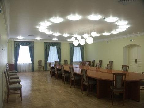 """Конференц-зал КГКМ - здесь в 1873 году открылся музей. Фото: компания """"ВЕК"""""""
