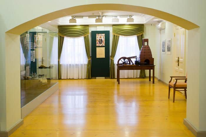Экспозиция краеведческого музея в бывшей наборной. 2010 год