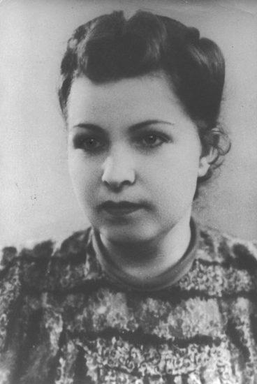 Ирина Гридчина в Польше. 1943 год