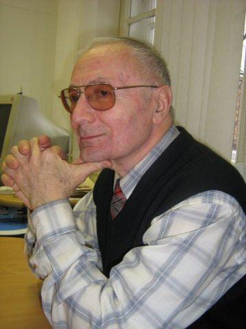 Александр Селюцкий