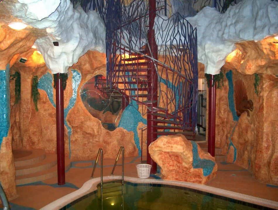 Фрагмент интерьера водно-оздоровительного центра