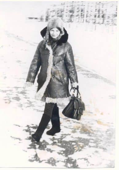 Журналиста ноги кормят. Валентина Акуленко. Дивный, 1974 год. Фото из личного архива