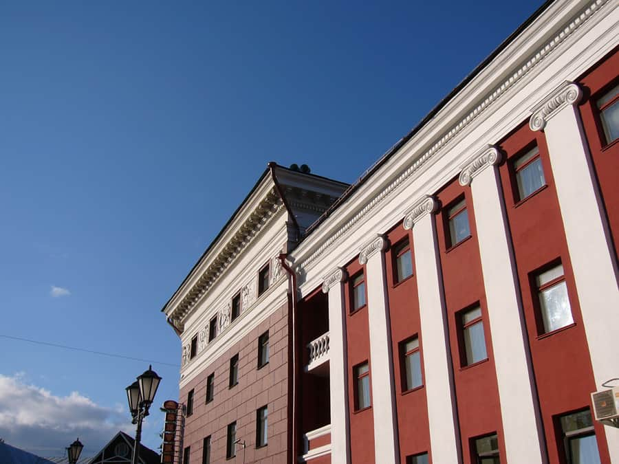 Фрагмент главного фасада