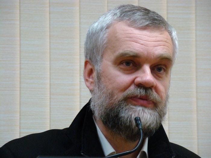 Алексей Варламов в ПетрГУ. Фото Ирины Ларионовой