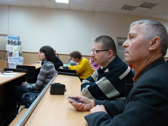 На встрече с Алексеем Варламовым в ПетрГУ. Фото Ирины Ларионовой