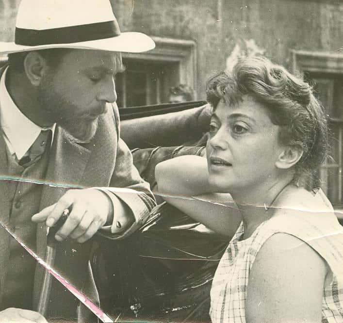 Софья Милькина с Евгением Матвеевым на съемках «Воскресения». 1960 год