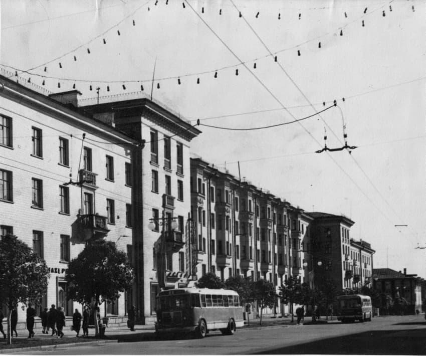 Исторический контекст проспекта 119-кв.дом, арх. Г. Воронова