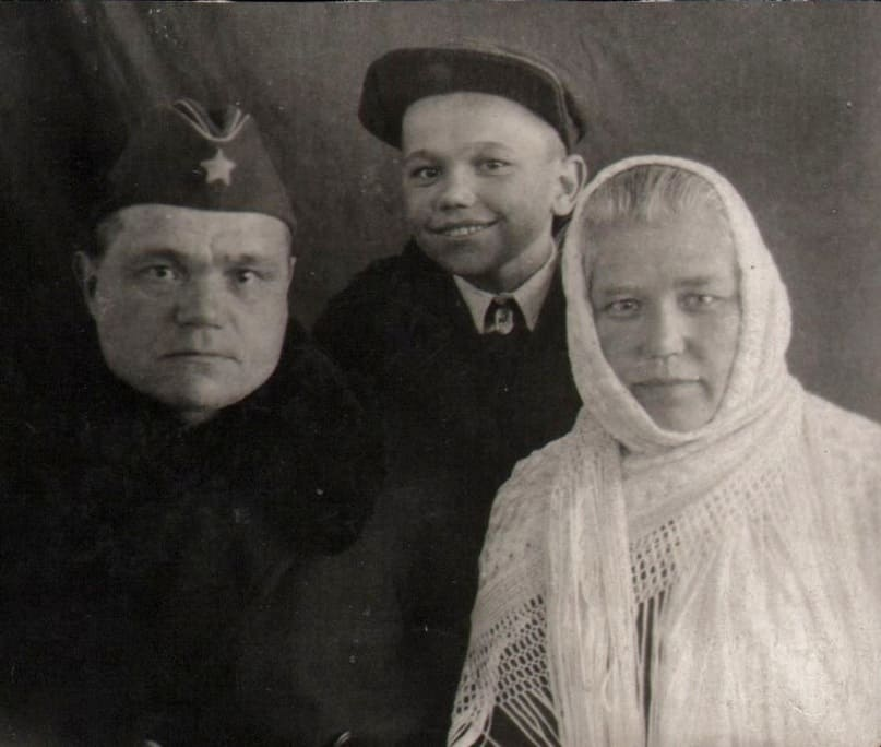 Никита Кузьмич, Надежда Матвеевна и Герман Свинцовы
