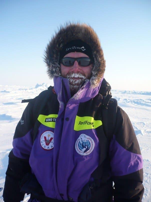 На собачьих упряжках на Северный полюс