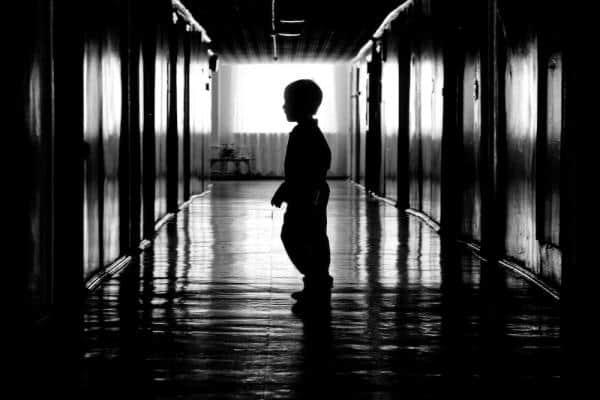 Сироты при живых родителях