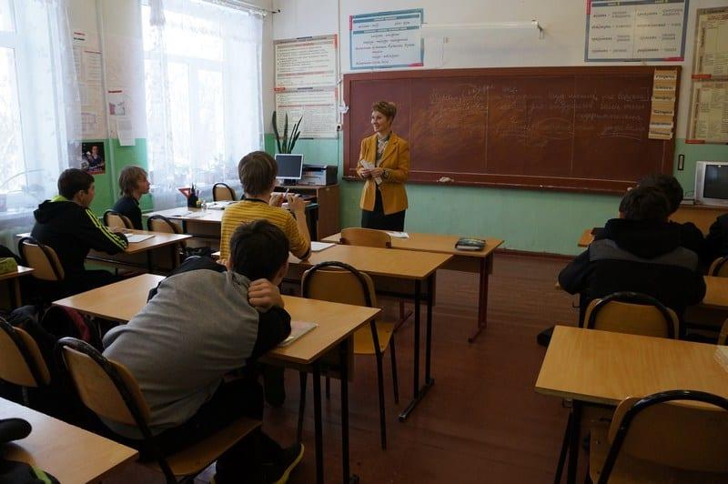 Пятеро учителей Карелии  получат  по 200 тысяч