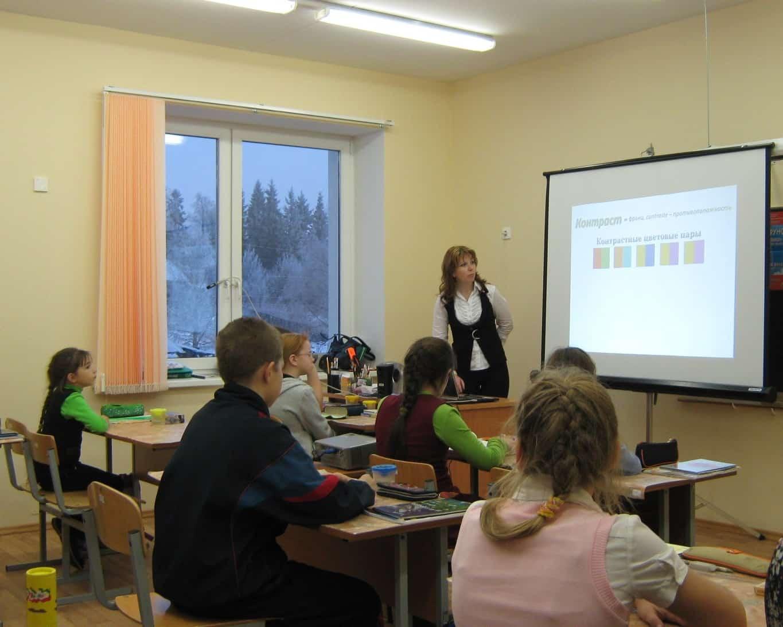 Строим  современную сельскую школу