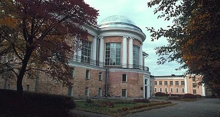 Реконструкция Национальной библиотеки продолжится