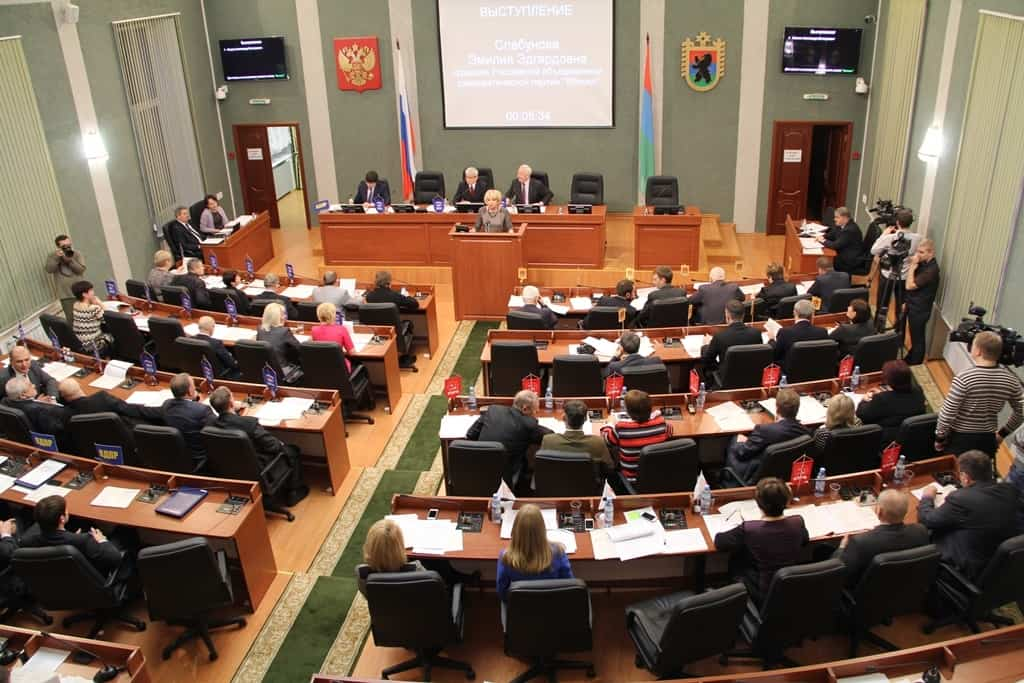В Карелии принят закон об образовании