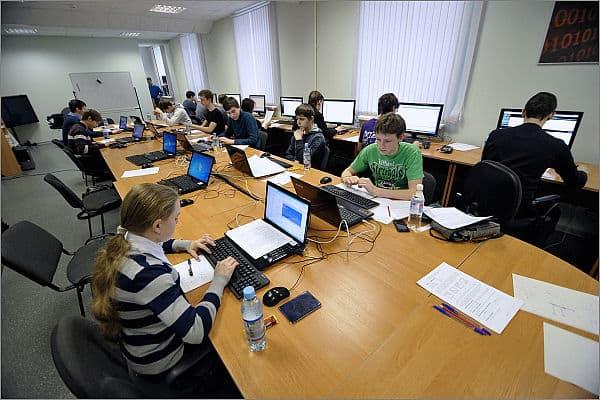 Региональный этап Всероссийской  олимпиады по информатике выиграла школьница из Медвежьегорска