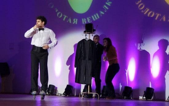 Артист мытищенского театра ФЭСТ Антон Кузьменко