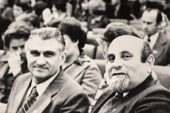 Два директора - И.С. Фрадков (справа) и Д.Н. Музалев, директор 30-й школы