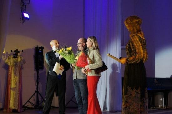 Премию за лучшее звуковое оформление получают Александр Леонов и Ольга Гайдамак