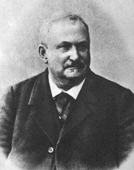 Фридрих Карлович Амелунг, предприниматель, шахматист, шахматный композитор, историк и составитель семейной родословной.