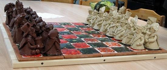 Роман Леонтьев. Керамические шахматы