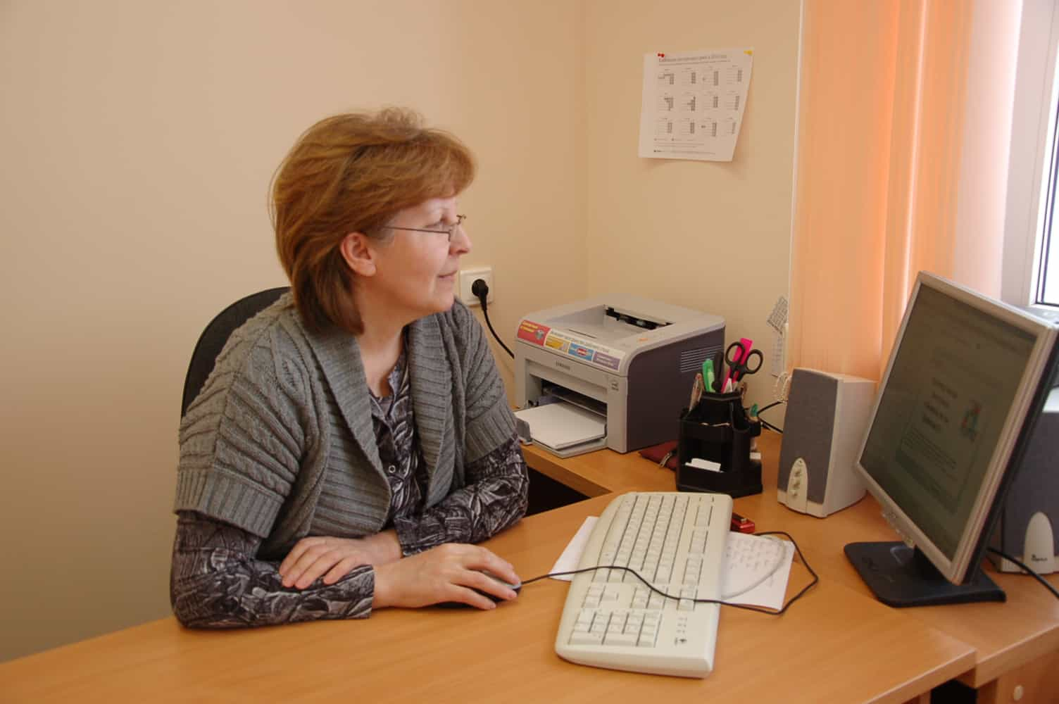 Лариса Геннадьевна Князева за работой