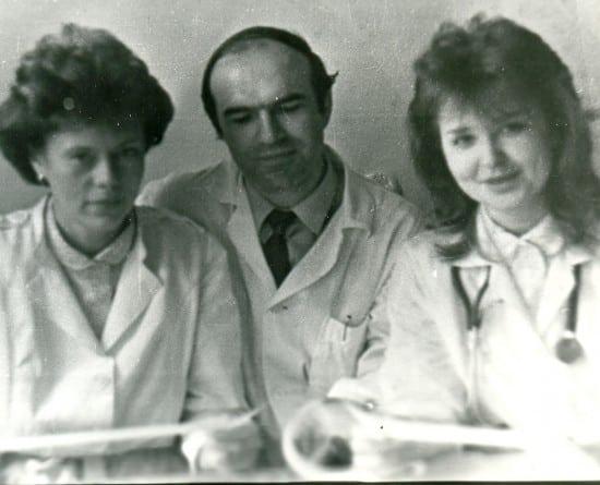 Татьяна Кузнецова (справа)  с коллегами-кардиологамиА.П. Божко  и С.В. Сергеевой обсудили сложный случай