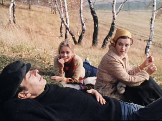 Кадр из фильма 1.«Москва слезам не верит»