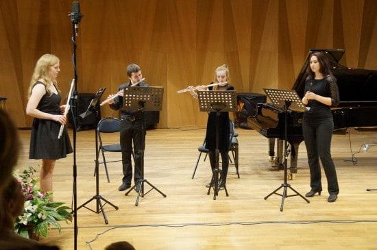 Ансамбль флейт исполняет произведение Виктории Спариш (Минск)