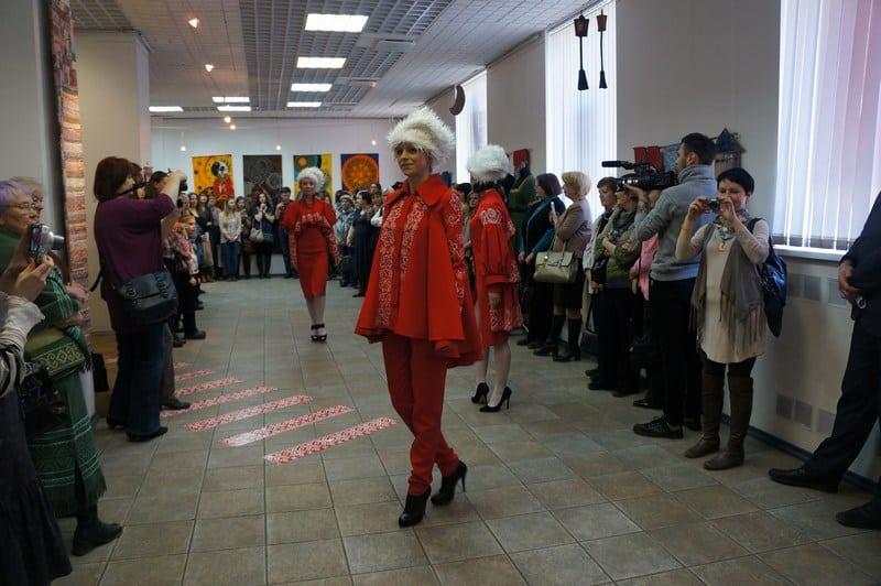 В ГВЗ открылась выставка художественного текстиля