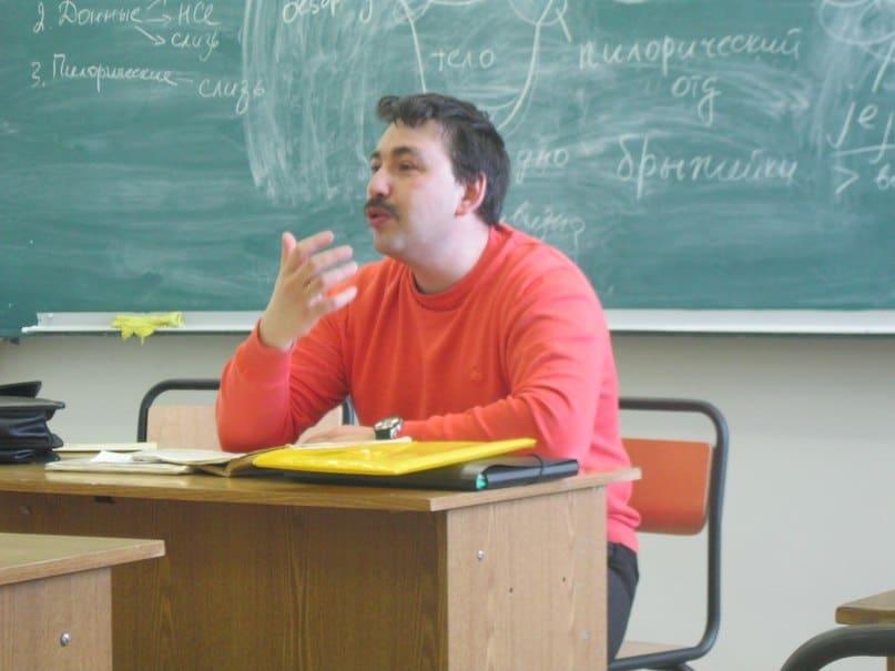 В университете обсудят новые значения слов «комиссар», «пионер», «товарищ»