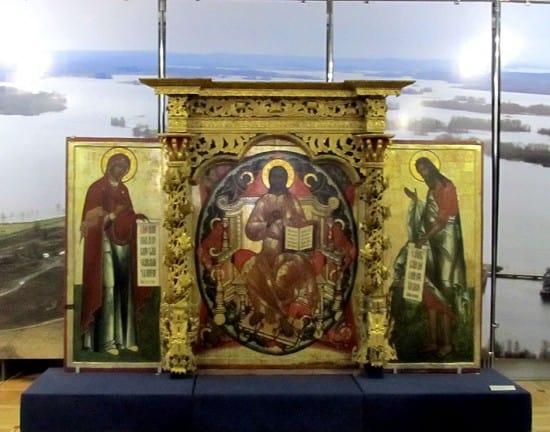 Фрагмент подлинного иконостаса Преображенского храма