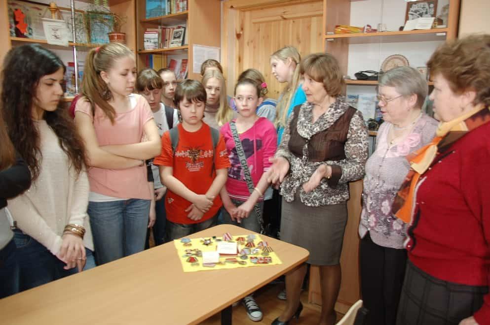 В в школьном музее «Память и время» в школе №3 Петрозаводска. Фото Марии Голубевой