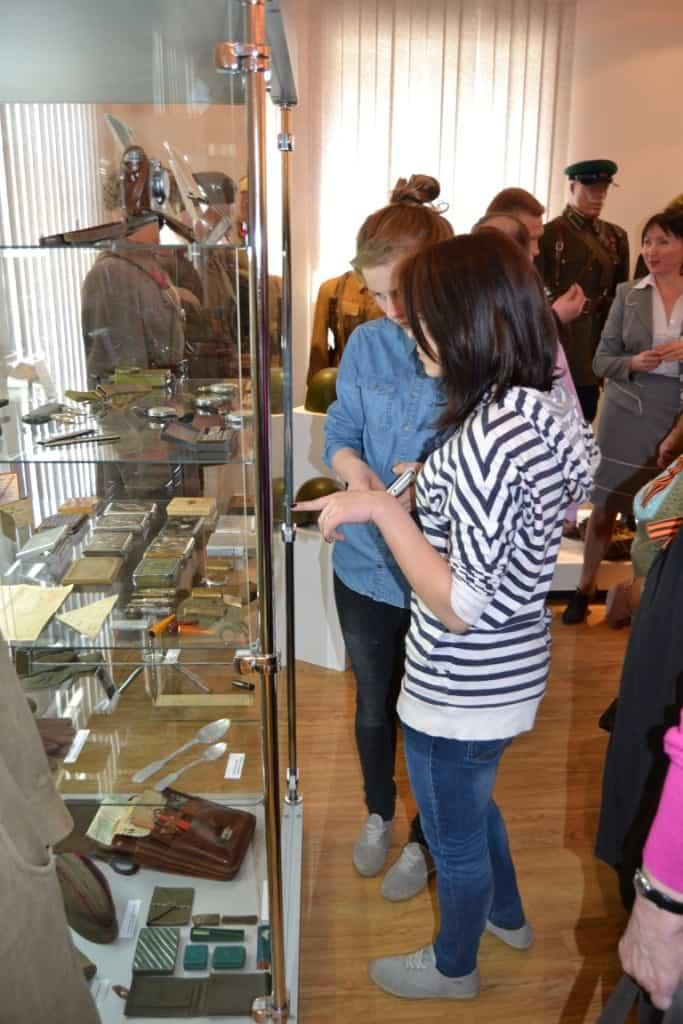 В Олонце открылась выставка «Чтобы помнили…»