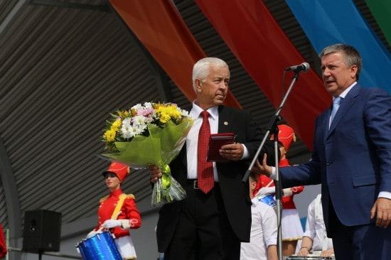 Почетным гражданином Карелии стал Виктор Николаевич Степанов – государственный деятель, Председатель Правительства Карелии с 1994 по 1998 год. Отмечены его особые заслуги и большой личный вклад в социально-экономическое развитие региона