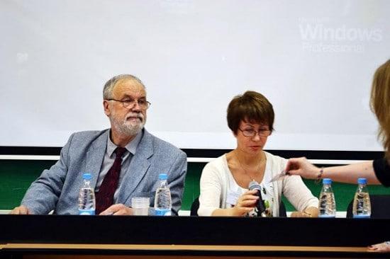 Профессор Владимир Захаров и доктор филологических наук Ирина Спиридонова