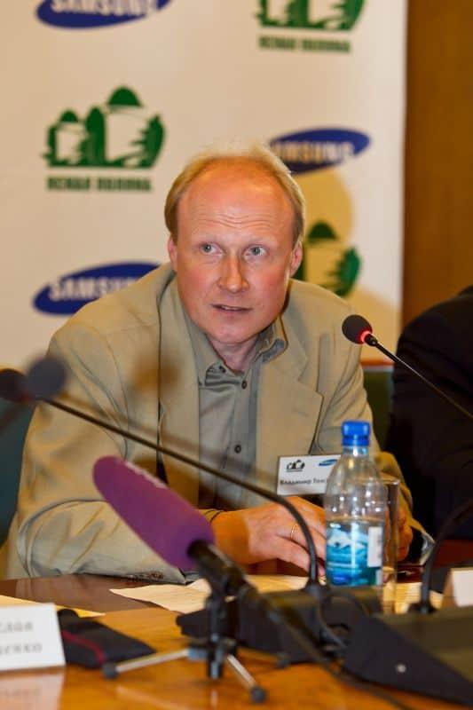 Председатель жюри Владимир Толстой. Фото www.yppremia.ru