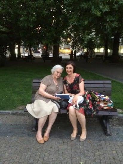 Прага. Инна Кабашная (справа) и Галина  Ванечкова