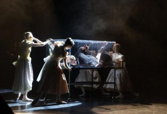 "Сцена из балета ""Анна Каренина"". Фото Ирины Ларионовой"