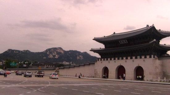 Дворец Кёнбокку в Сеуле