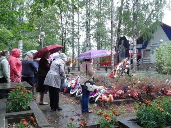 У Братского захоронения воинов Великой Отечественной войны