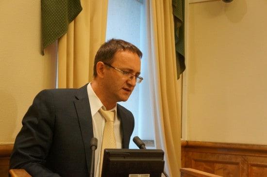 Депутат Александр Федичев предлагает отложить вопрос